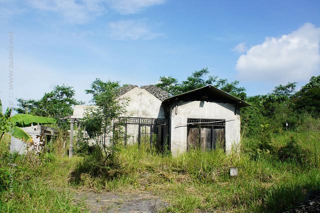 Yogyakarta - Gunung Merapi 4x4 Jeep tour - abandoned houses