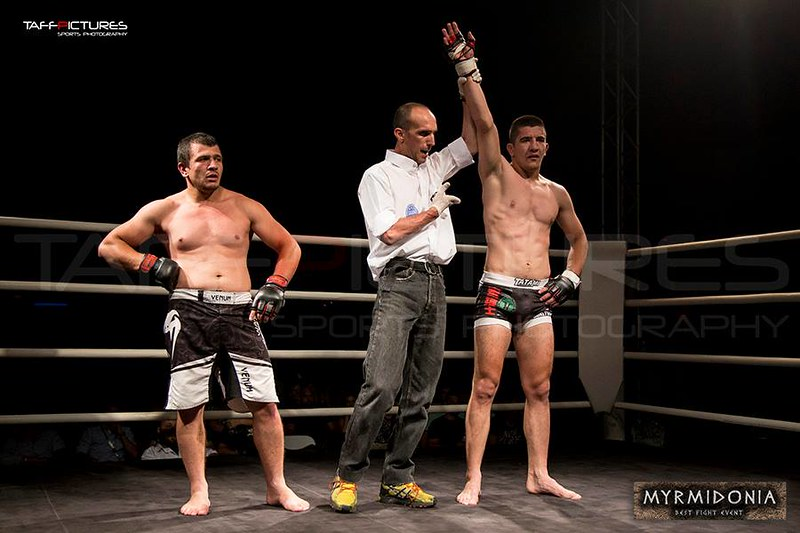 MMA στο Fight Club Galatsi με τους Νικολόπουλο – Θεοφάνους