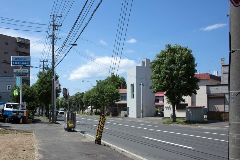 m+o-minatoya-michiyo-and-otsuka-tatsuya-a-little-office-sapporo-designboom-01
