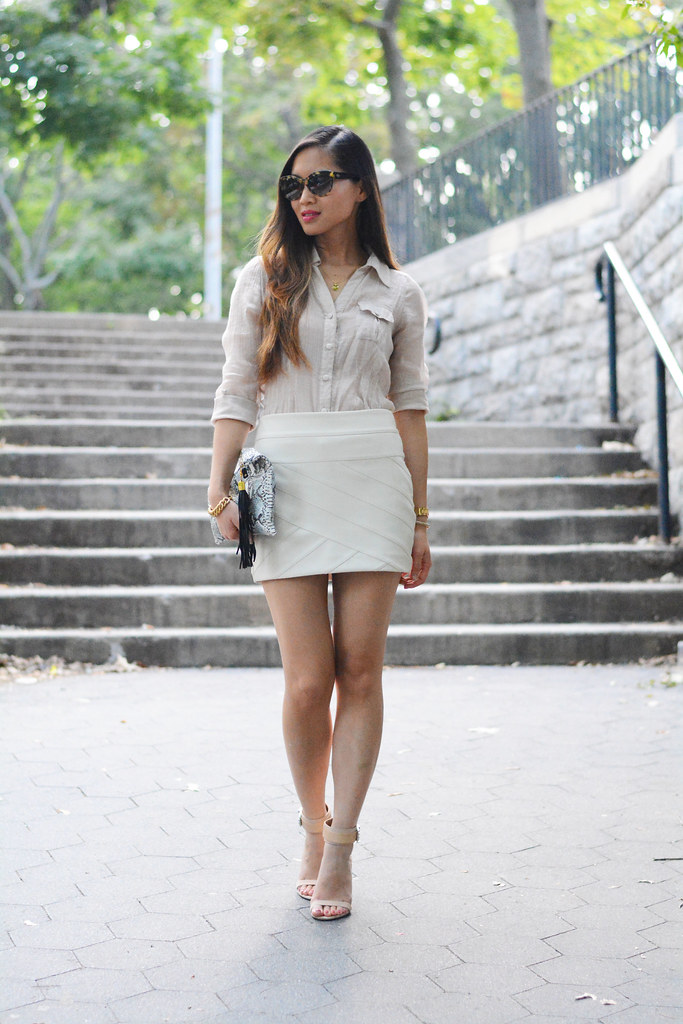 Express cream white leather mini skirt summer fashion outfit
