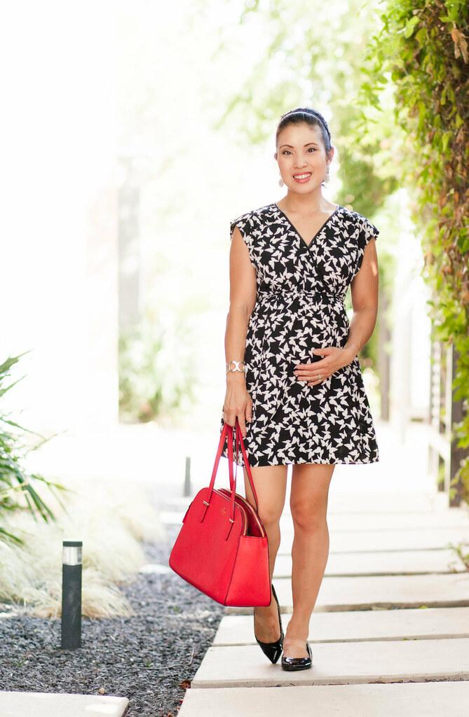 cute & little blog | petite fashion | black white bird tunic dress, red kate spade bag | maternity bump pregnant style | summer
