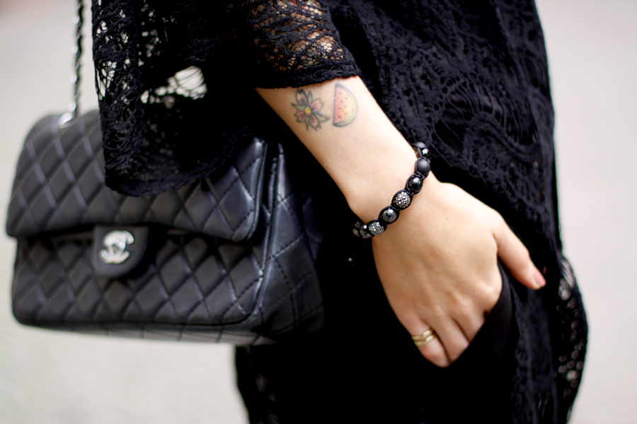 Twelve Thirteen bracelet black stones accessoire fashion blogger berlin Ricarda Schernus CATS & DOGS 1