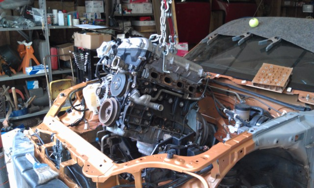 MM 00 EVO Engine Install 12