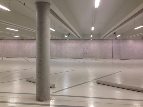 Kimbell Art Museum: Garage