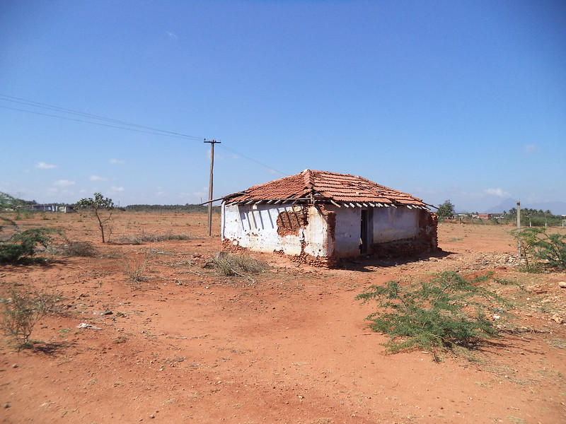 Abandoned house in Vellalore, Coimbatore, IN 641111
