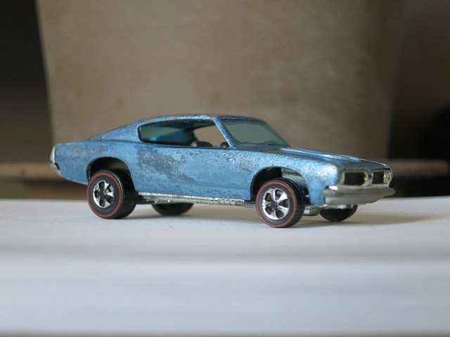 Hot Wheels Redline Light Blue Custom Barracuda HK