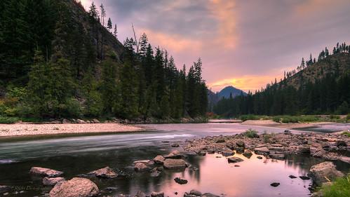 sunset river nikon le sunsetglow pacificnorthwest washingtonstate hdr easternwashington d610 wenatcheeriver photomatixpro chelancounty nikon1635mmf4vr ryderphotographic howardryder