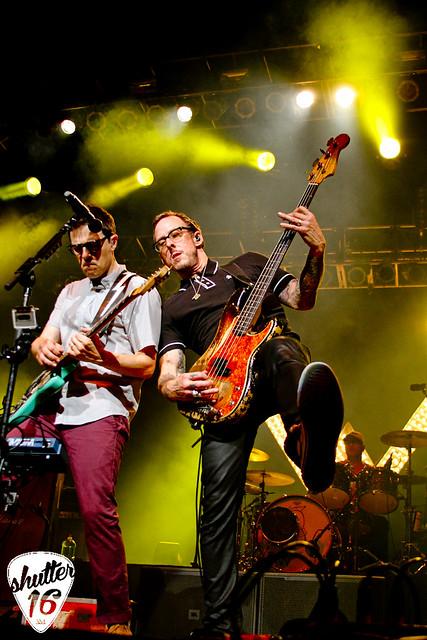 Weezer (42)