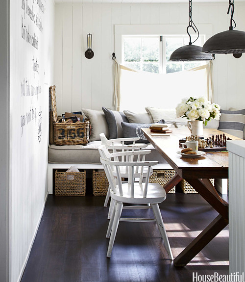 10-hbx-antique-trestle-table-vintage-capitan-chairs-dining-room-0712dempster06-xln