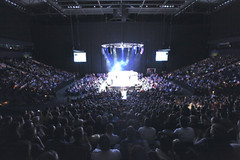"2.500 Zuschauer feiern ""We love MMA""-Premiere in o2 World Hamburg"