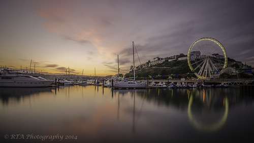 longexposure sunset water reflections boats glow harbour torquay rivierawheel nd1024