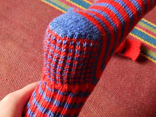 полосатые носки пятка