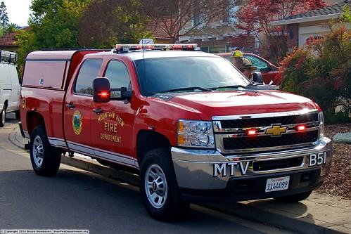 california usa canon fire ic action 911 firetruck chevy mountainview emergency silverado ems firedepartment battalionchief mvfd eos7d incidentcommander