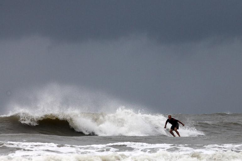 web_surfer_arthur_0040