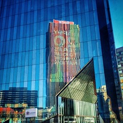 Juxtaposition of old and new. #urban #architecture #juxtaposition #reflection