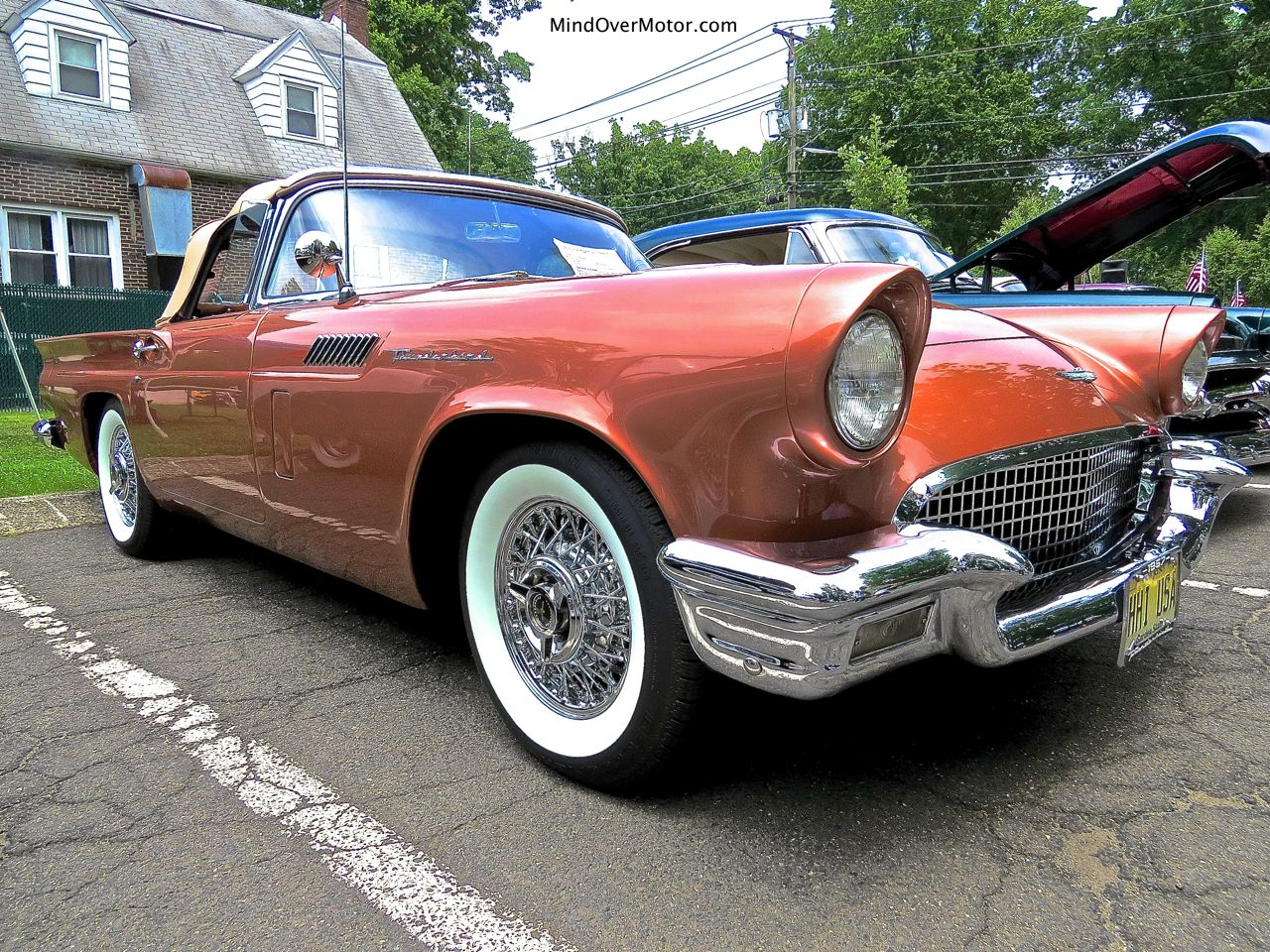 1957 Ford Thunderbird Front Right
