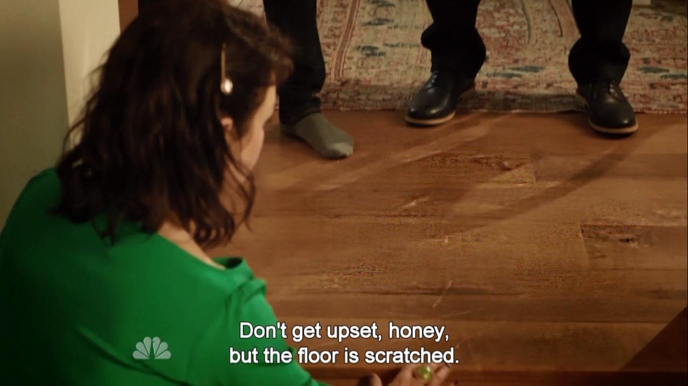 S01E05-ScratchedFloor