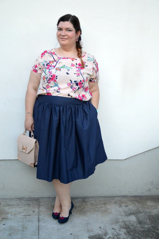 Outfit floreale e blu (7)