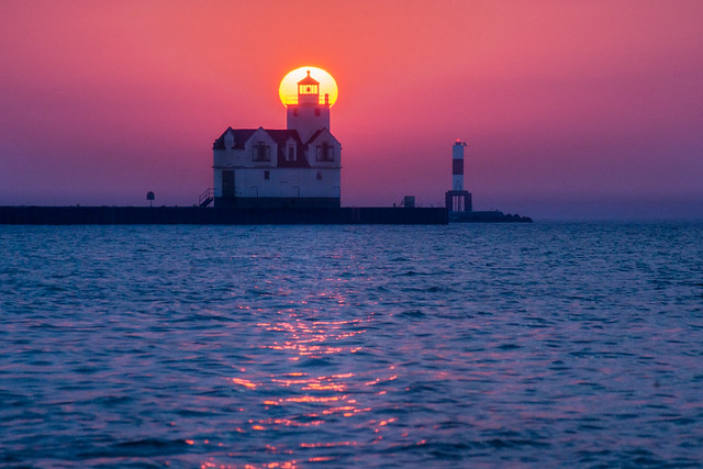 Lighthouse, Kewaunee, WI, Lake Michigan, Sunrise, Sun, Morning