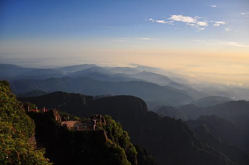 morning sunlight sunrise nikon mt bright july hike shan sichuan province 18105 2014 emei d90