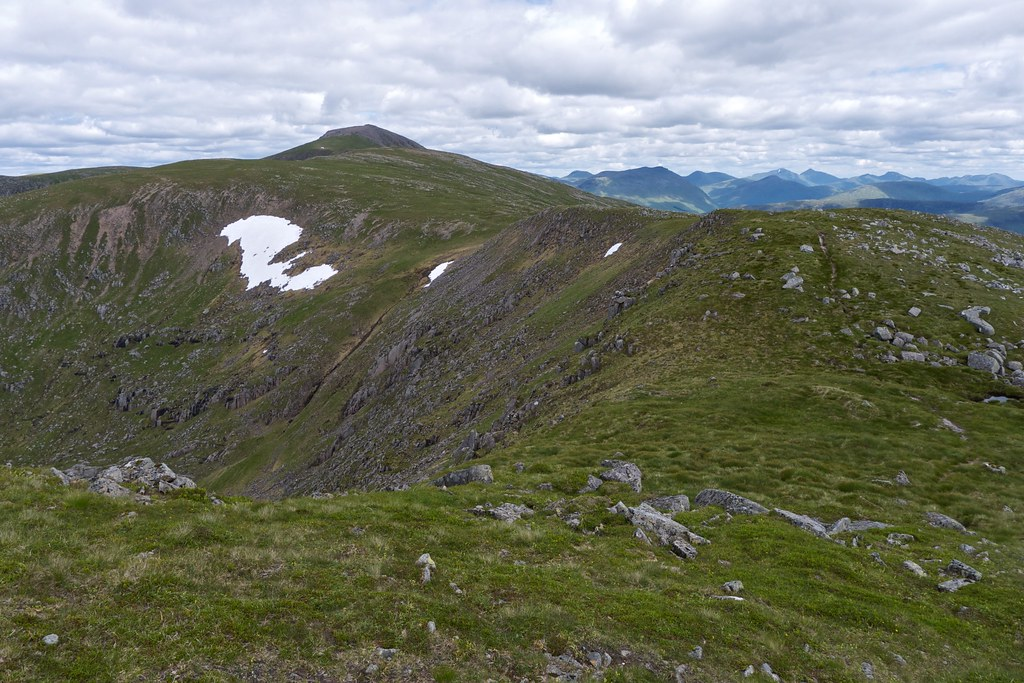 Approaching Bealach Coire Laoghan