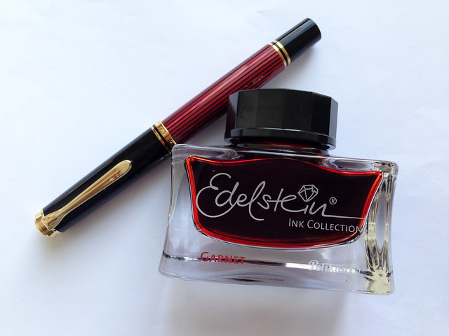 Review: Pelikan Souverän Red M600 Fountain Pen - BB @ThePenCompany @Pelikan_Company
