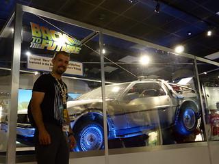 Javi y el coche original de Regreso al Futuro