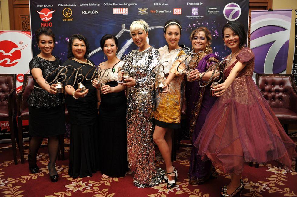 Bella Awards Winners (L-R) Fara Fauzana, Datuk Ir. Rosaline Ganendra, Gillian Hung, Debbie Goh, Dr. Premitha Damodaran, Low Ngai Yuen2