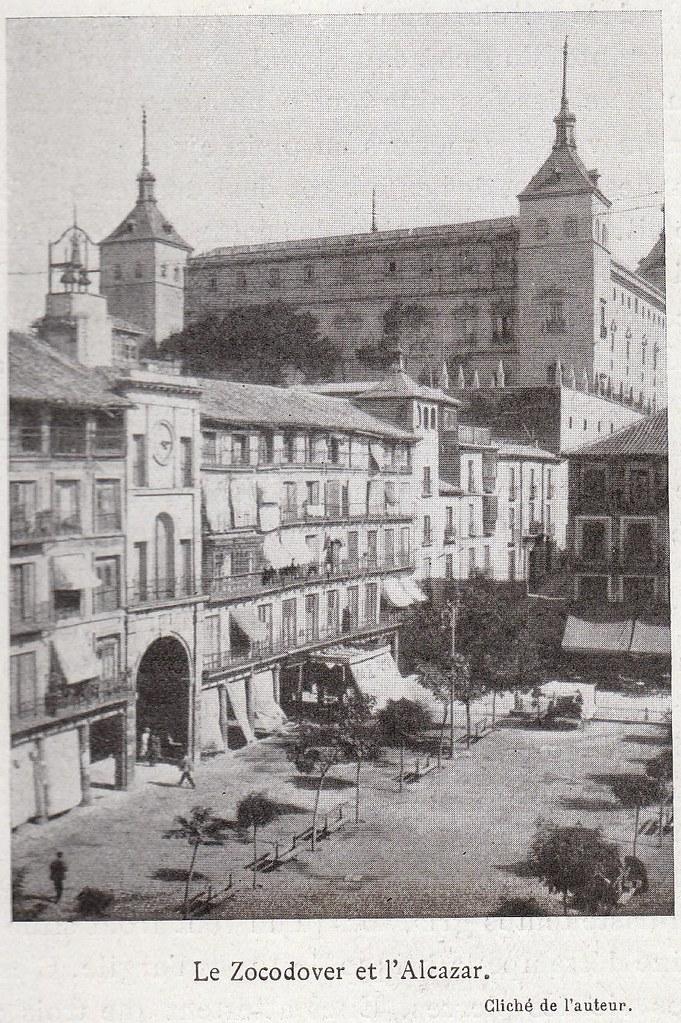 Zocodover a comienzos del siglo XX. Fotografía de Élie Lambert publicada en su libro Les Villes d´Art Célebres: Tolède (1925)