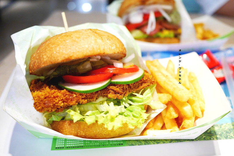 15102262141 7d796bb361 c - 樂檸漢堡 │北區:大份量紮實牛肉漢堡加新鮮生菜的飽足風味~稱不上驚豔但質感精緻好實在!