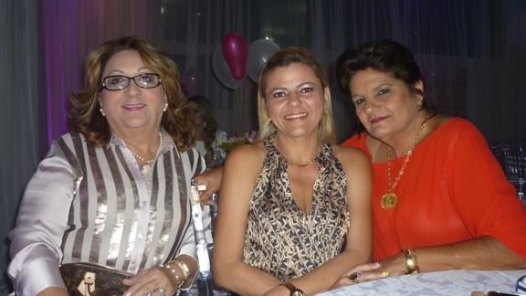 Betania Conrado, Fabrícia Barrudada e Márcia Carneiro