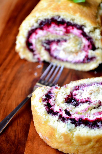 Recipe for Blackberry and Basil Swiss Roll