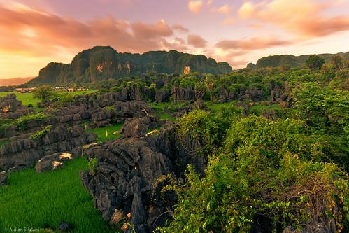 park cloud stone indonesia landscape tokina explore makassar maros d7100