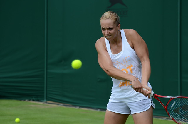 Lisicki backhand