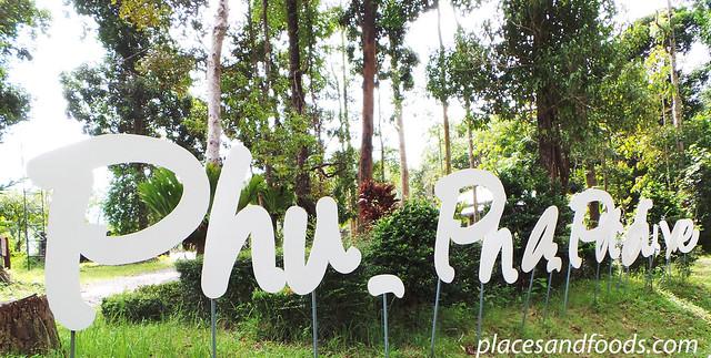 phu pha phet cave sign