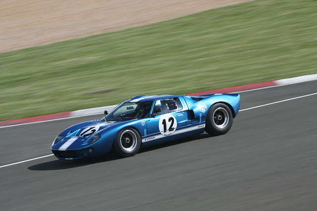 Ford GT40.