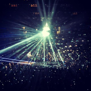Disco ball!! :) Queen + Adam Lambert, Boston
