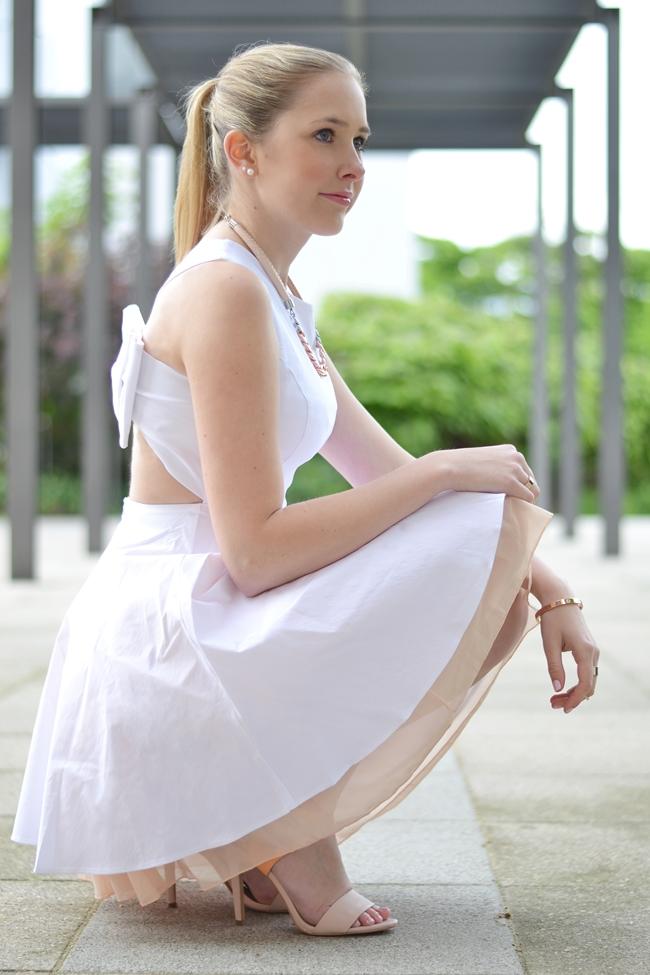 Outfit ein hübscher Rücken .. (9)