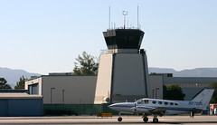 N2729L Cessna 414A Chancellor & TWR @ Santa Monica airport, California