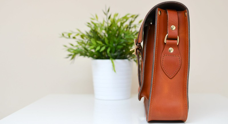 "Cut Make Trim's 13"" Satchel in Fox Tan"