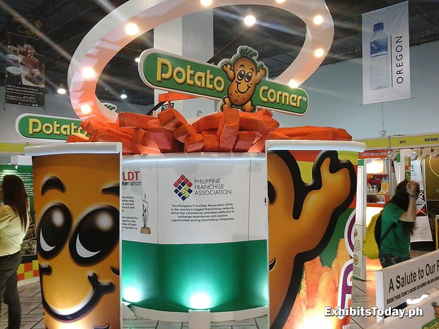 Potato Corner Exhibit Stand