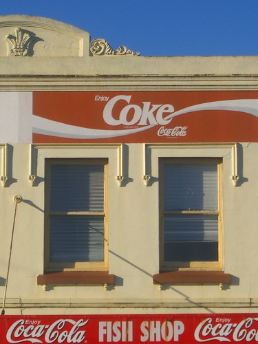 windows architecture advertising australia coke newsouthwales cocacola bathurst keppelstreet