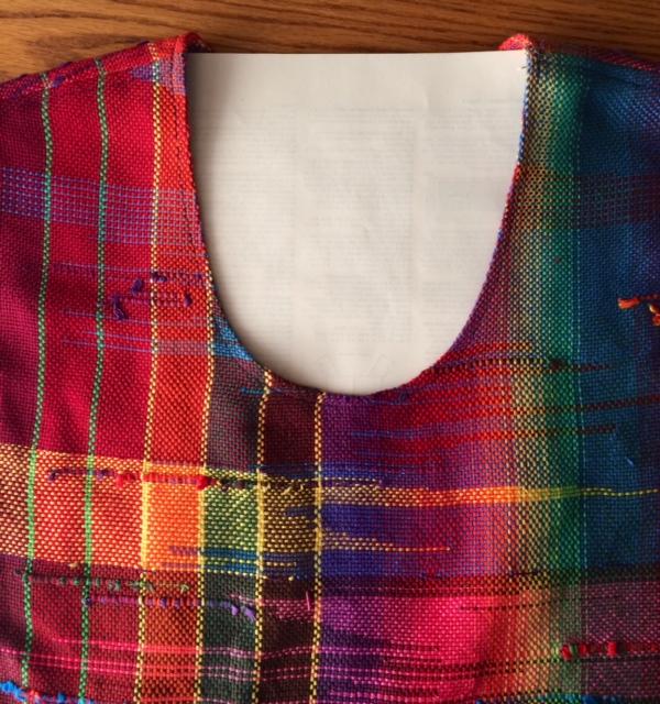 Neckline for tabard vest