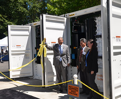 Governor Inslee, along with the Department of Commerce, announced over $14 million in smart grid matching grants to help Avista Corp., Puget Sound Energy and Snohomish PUD better integrate power from renewable sources into the state's electrical grid