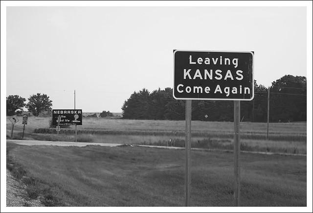 Leaving Kansas BW