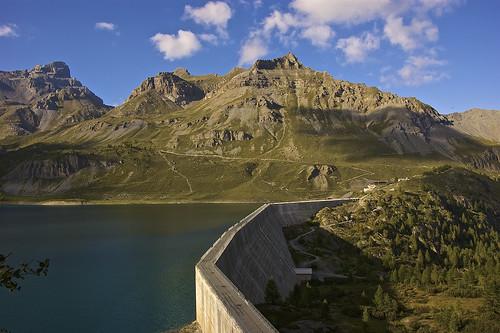 Salanfe lake dam