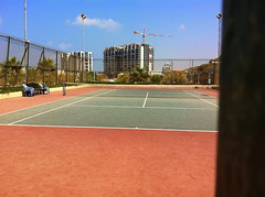 tennis court in herzliya okeanos