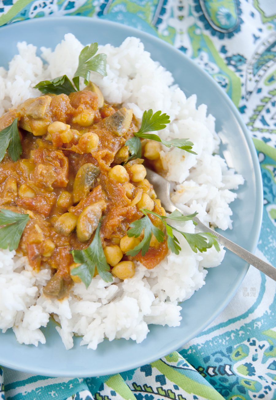 Vegan ginger-coconut curry