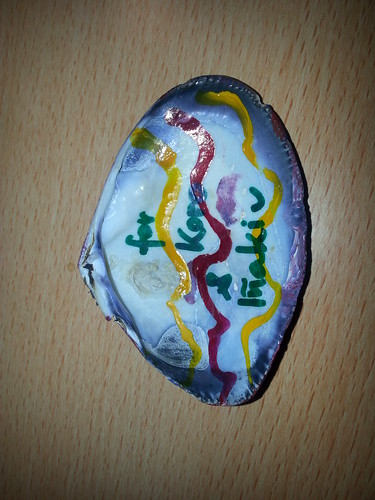 concha pintada a mano