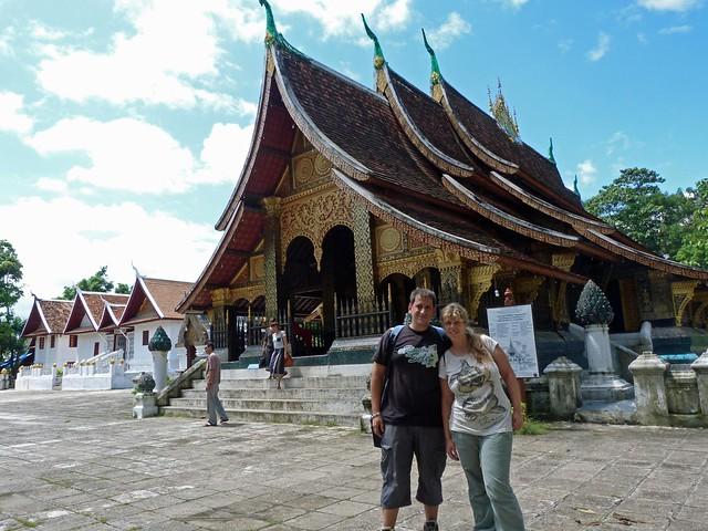 Sele y Rebeca en Luang Prabang (Laos)